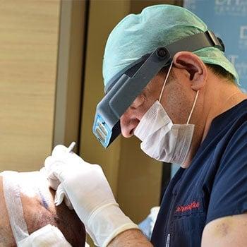 Dr. Tayfun Oguzoglu during operation