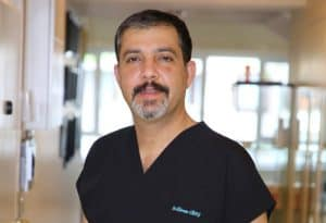 Dr. Ekrem Civas